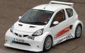 Toyota Vitz In White